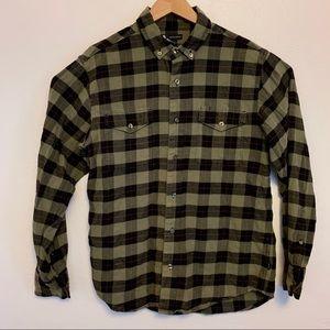 Nike SB Flannel longsleeved button up shirt